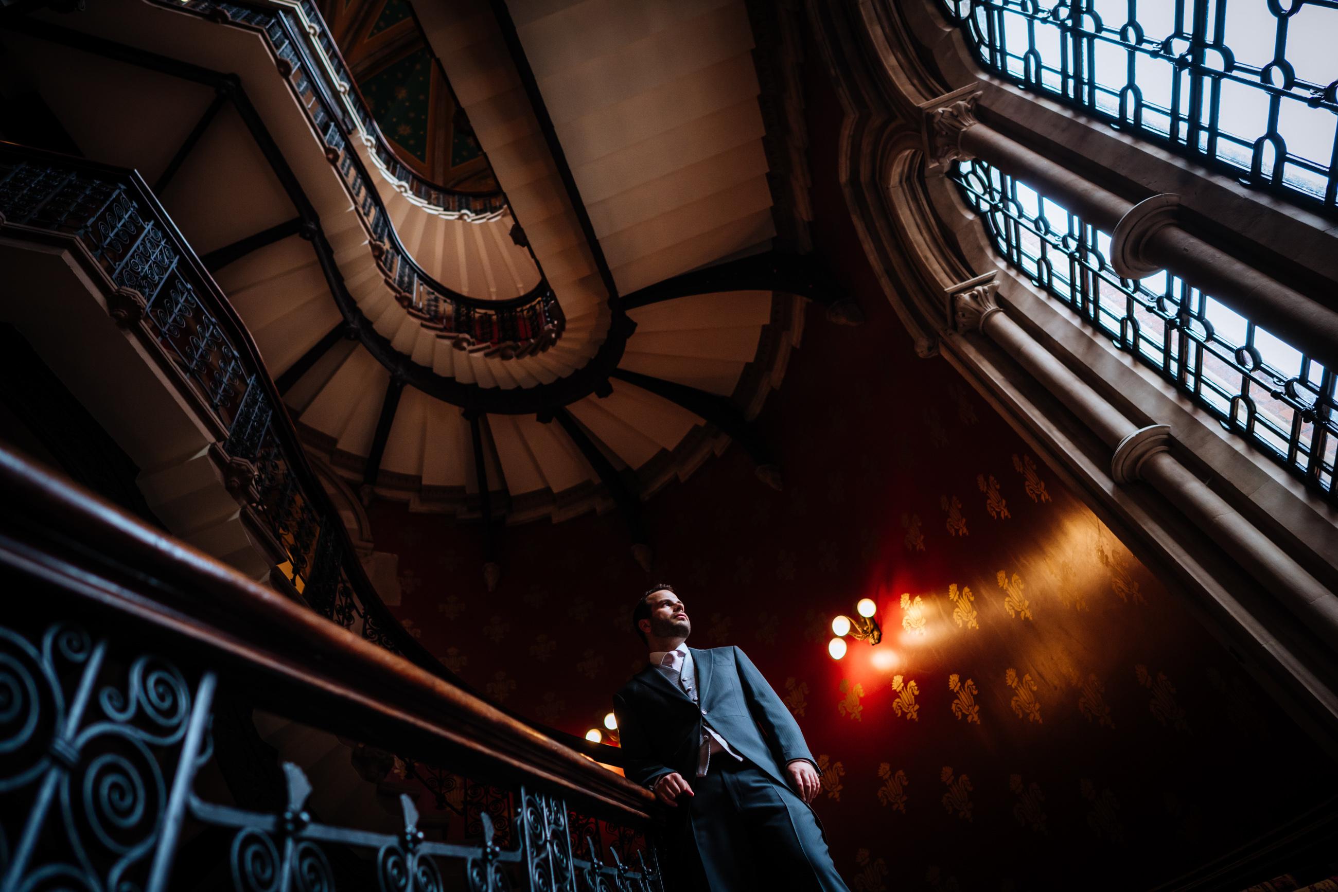 groom portrait St Pancras Renaissance hotel