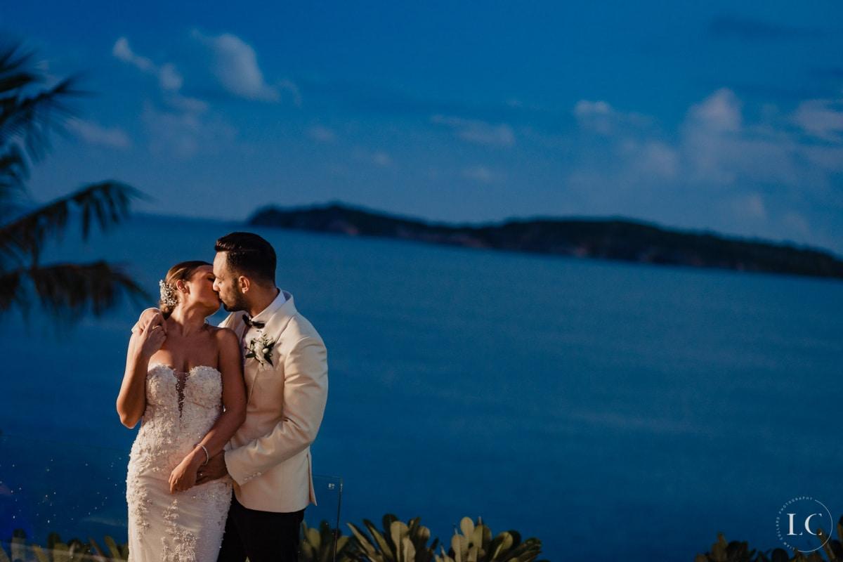 Chelsey & Roberto Tie the Knot at the Gorgeous Samujana Villas
