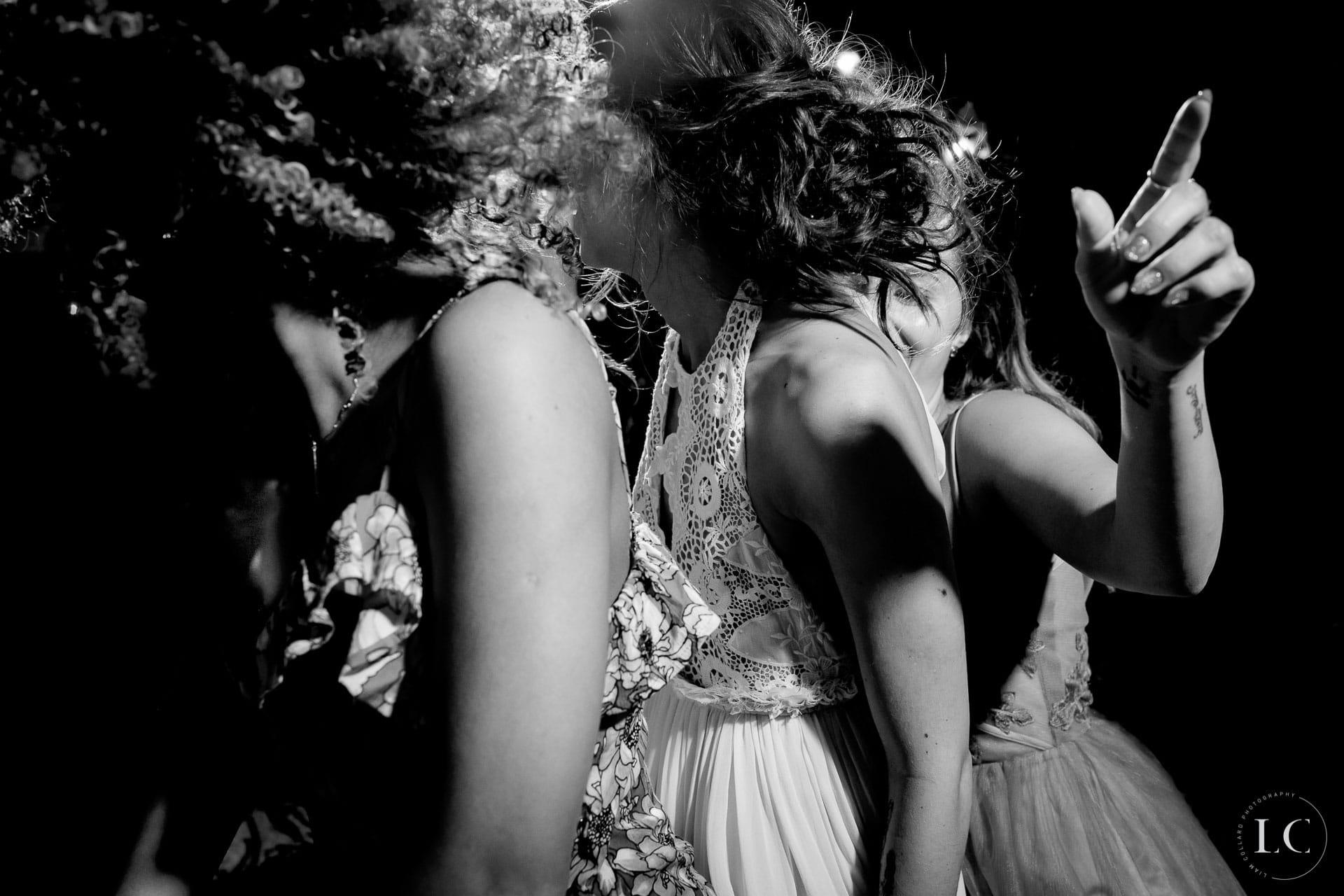 Dancing reception wedding